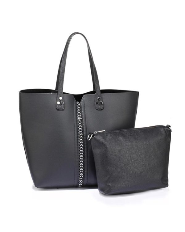 AG00548 – black shoulder bag with silver metal work and removable pouch