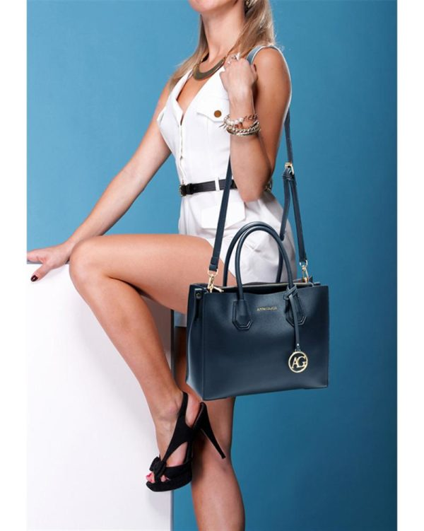ag00559 – grab tote handbag with gold metal work navy5