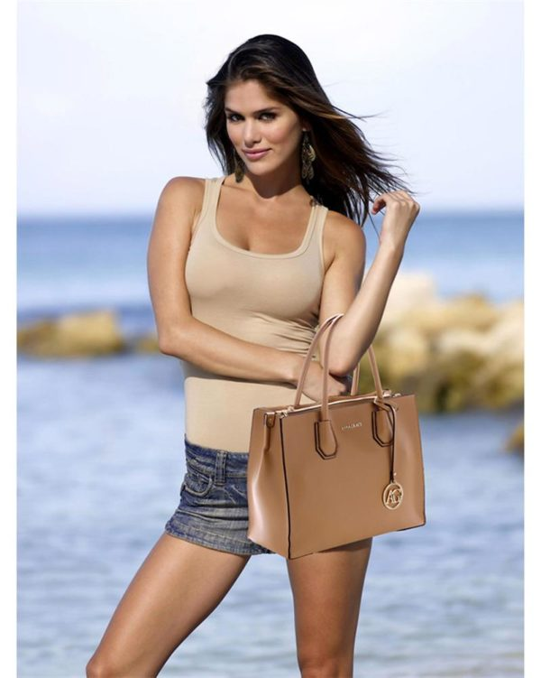 ag00559 – grab tote handbag with gold metal work nude5