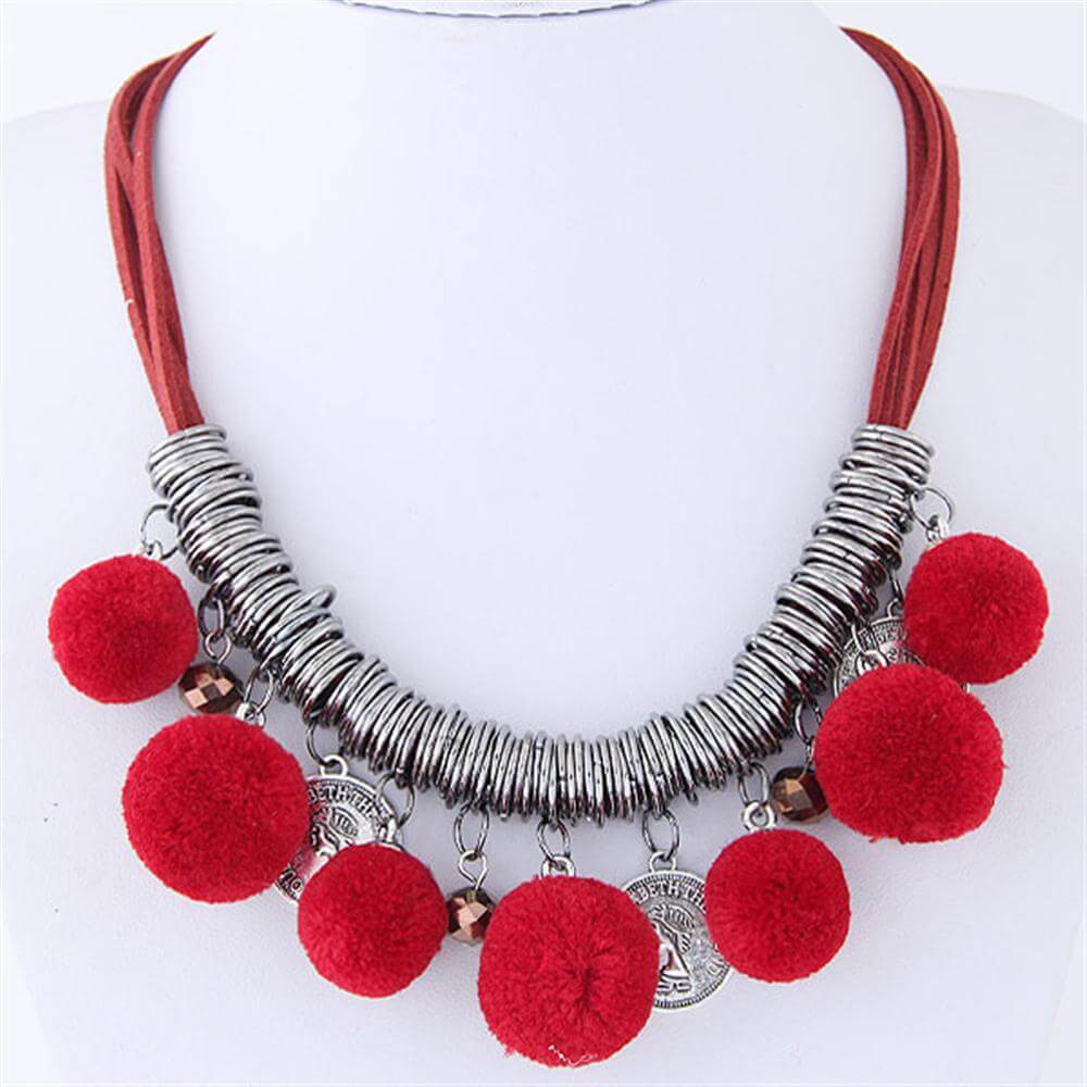 Red Color Ball Fashion Necklace Latest Desgin