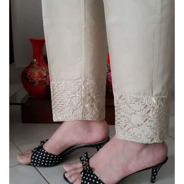 KT08 beige Trouser With Embroidery