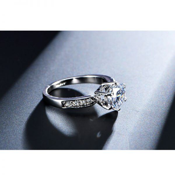 1.75 Carat Zircon Silver Glowing Diamante Ring