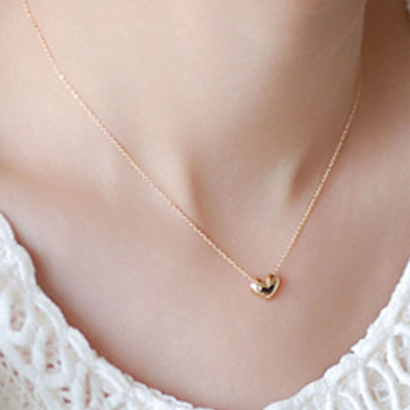 Gold Chain Necklace With Heart Pendant