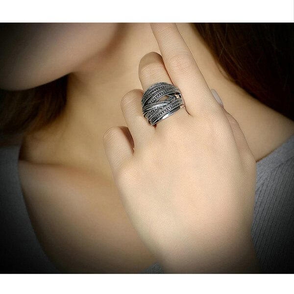 AR02 Black Metal Ring