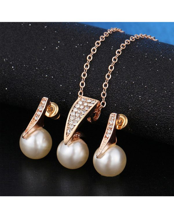 Gold Earring And Necklace Jewellry Set With Pearl