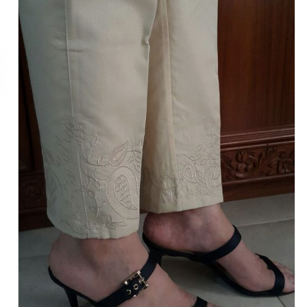KT15 Beige Trouser With Beige Embroidery