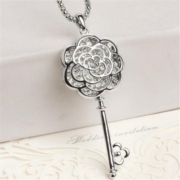 AN72 Long Floral Key Pendant Stylish Latest Design Necklace1