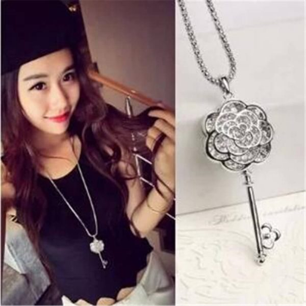 AN72 Long Floral Key Pendant Stylish Latest Design Necklace3