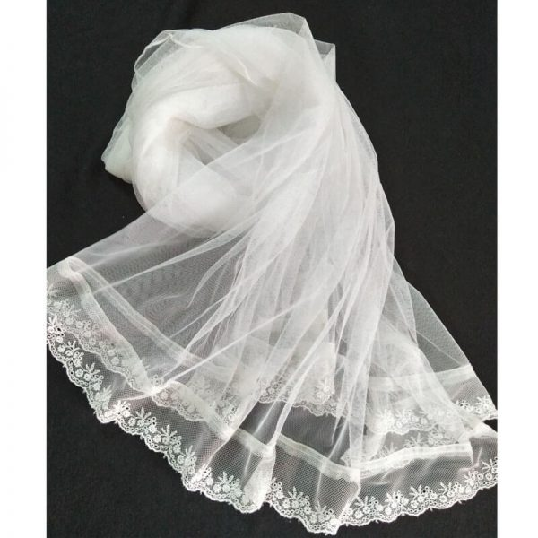 1 Net White Dupatta With Lace On Bottoms