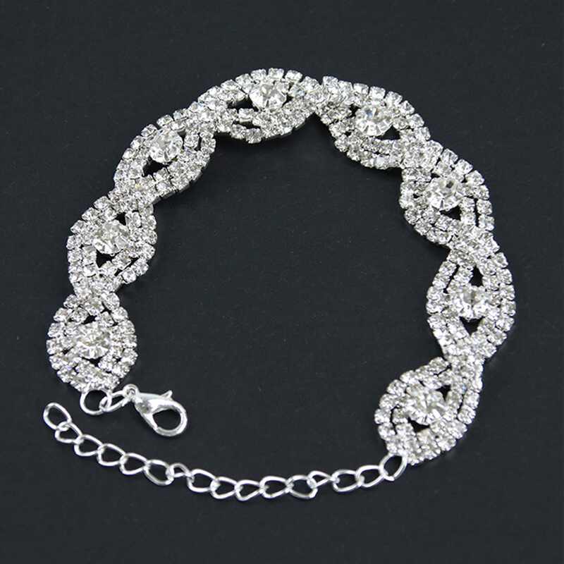 Silver Elegant Glowing Bracelet - Adjustable