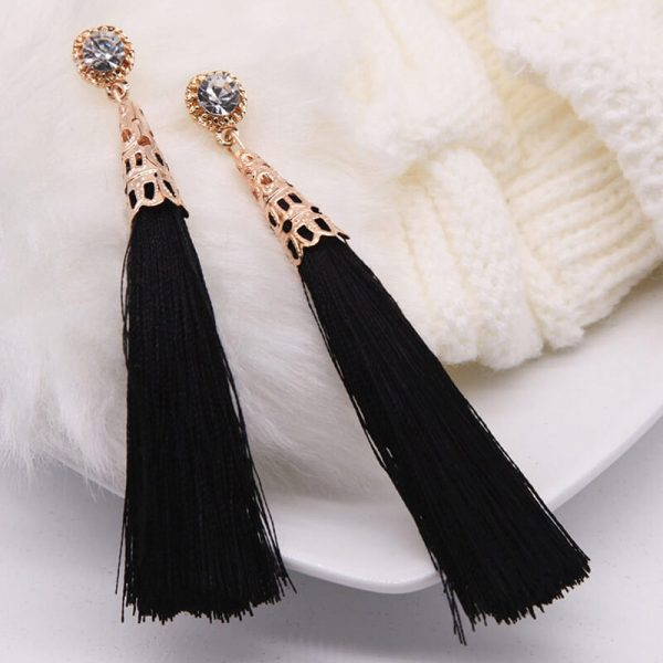 AE76 Long Tassel Earring – Black