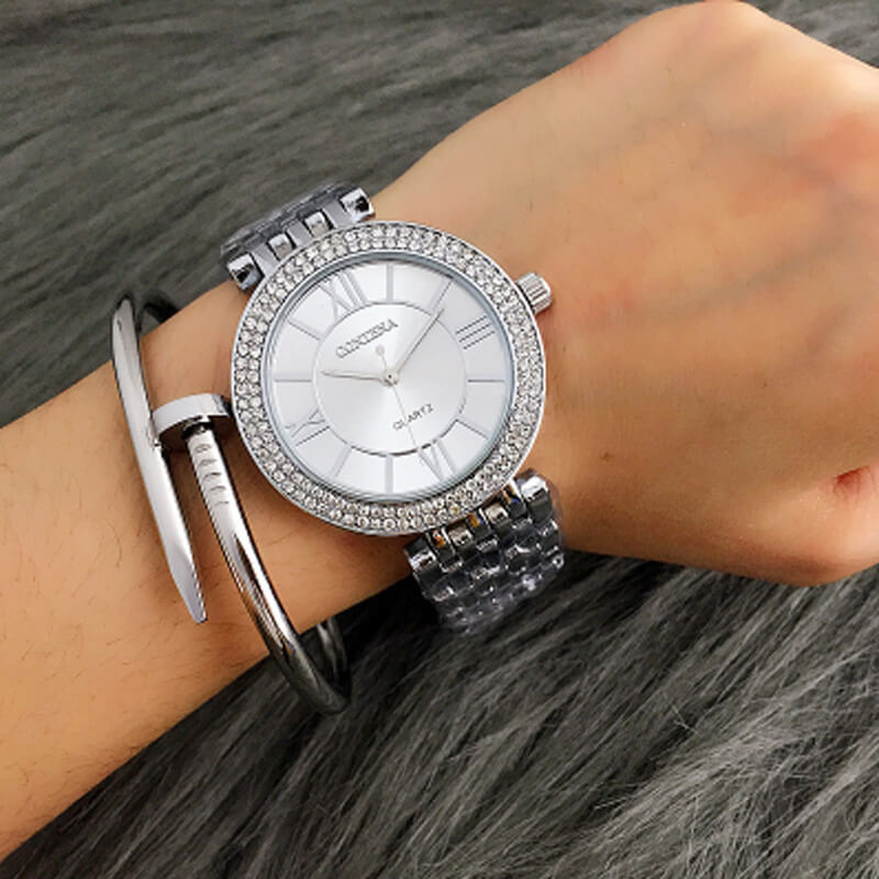 AW05 Silver Diamantes Luxury Stainless Steel Watch For Women