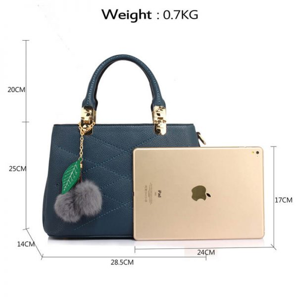 AG00537S-Tote Shoulder Bag With Faux-Fur Charm NAVY__2_