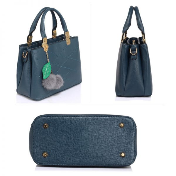 AG00537S-Tote Shoulder Bag With Faux-Fur Charm NAVY__3_