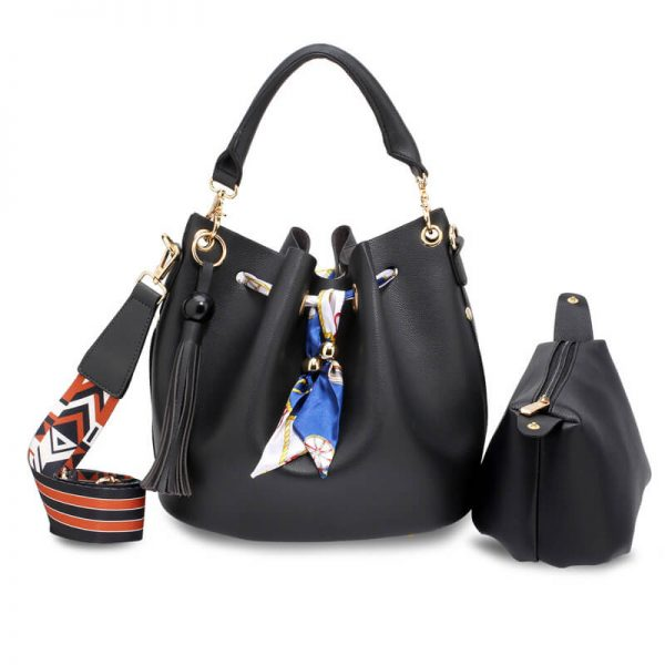 AG00615 – Black Drawstring Bucket Bag With Pouch_1_