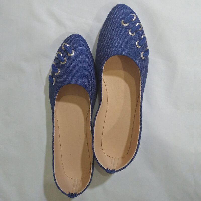 Denim Blue Pumps With Silver Metal Work
