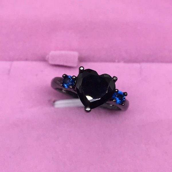 Black Heart Ring With Blue Stones AR24
