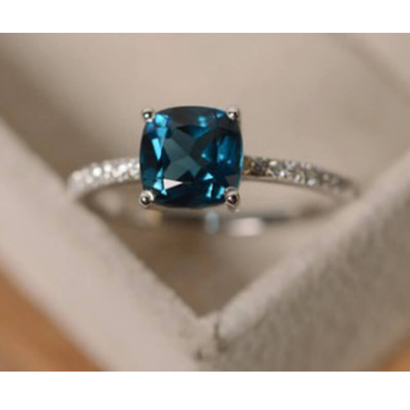 Silver AAA Zircon Ring With Blue Ston