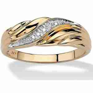 Gold Ring With Diamantes - Waves Design