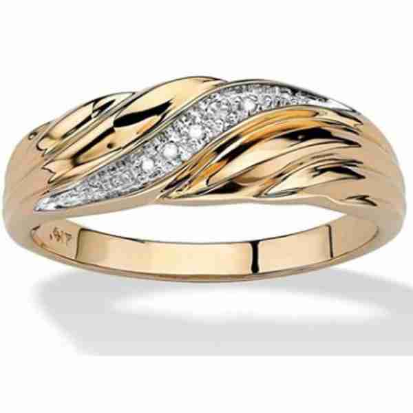 AR42 Gold Ring With Diamantes – Waves Design