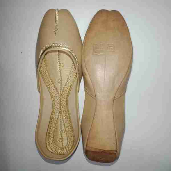 ZS10 BEIGE Ladies Khussa Shoes Non Slip2