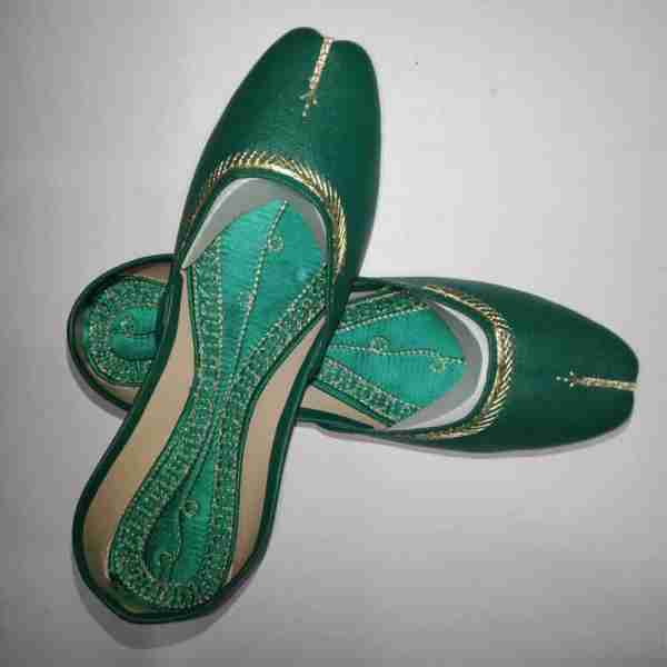 ZS10 Green Ladies Khussa Shoes Non Slip