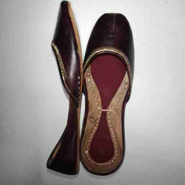 ZS10 Maroon Ladies Khussa Shoes Non Slip