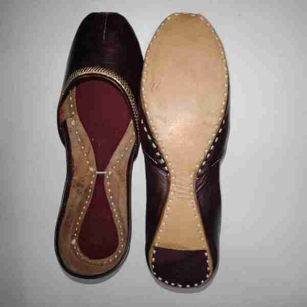 ZS10 Maroon Ladies Khussa Shoes Non Slip1