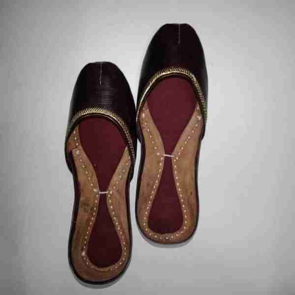 ZS10 Maroon Ladies Khussa Shoes Non Slip2