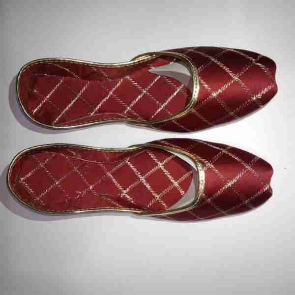 ZS11-Maroon Khussa Shoes Check Design – Non Slip2 (1)