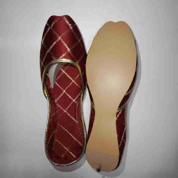 ZS11-Maroon Khussa Shoes Check Design – Non Slip2 (2)