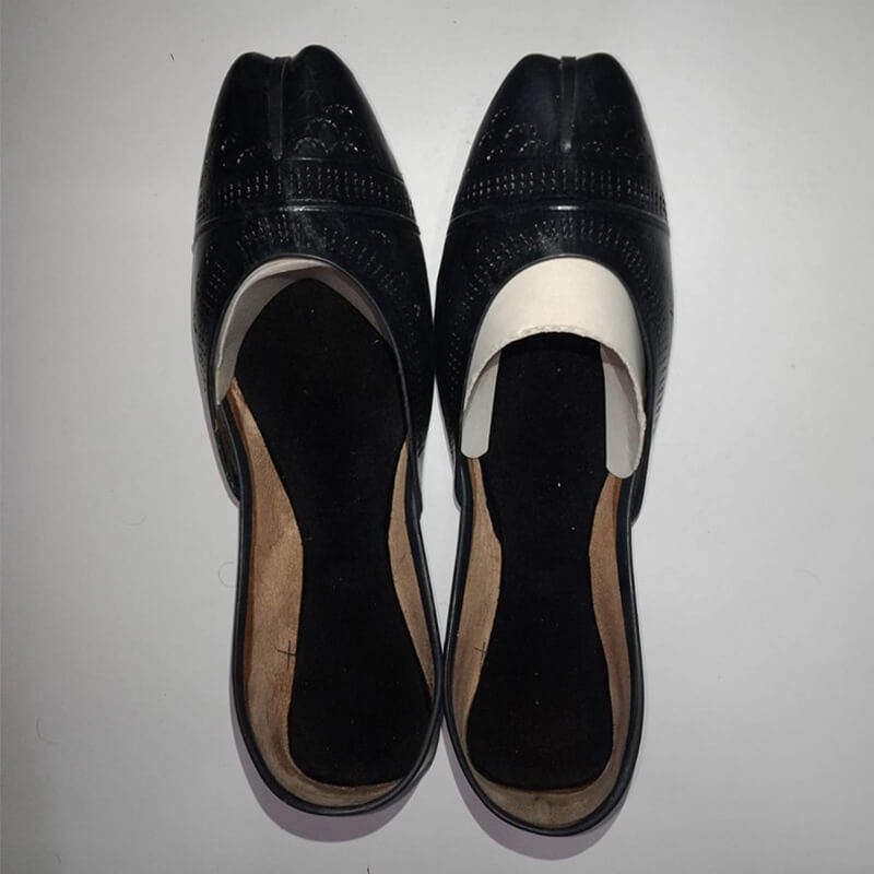 Black Leather Khussa Shoes - Non Slip