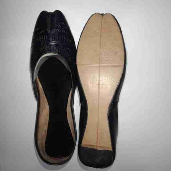 ZS13-Black Leather Khussa Shoes – Non Slip2