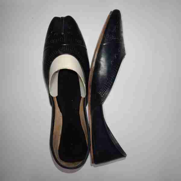 ZS13-Black Leather Khussa Shoes – Non Slip3
