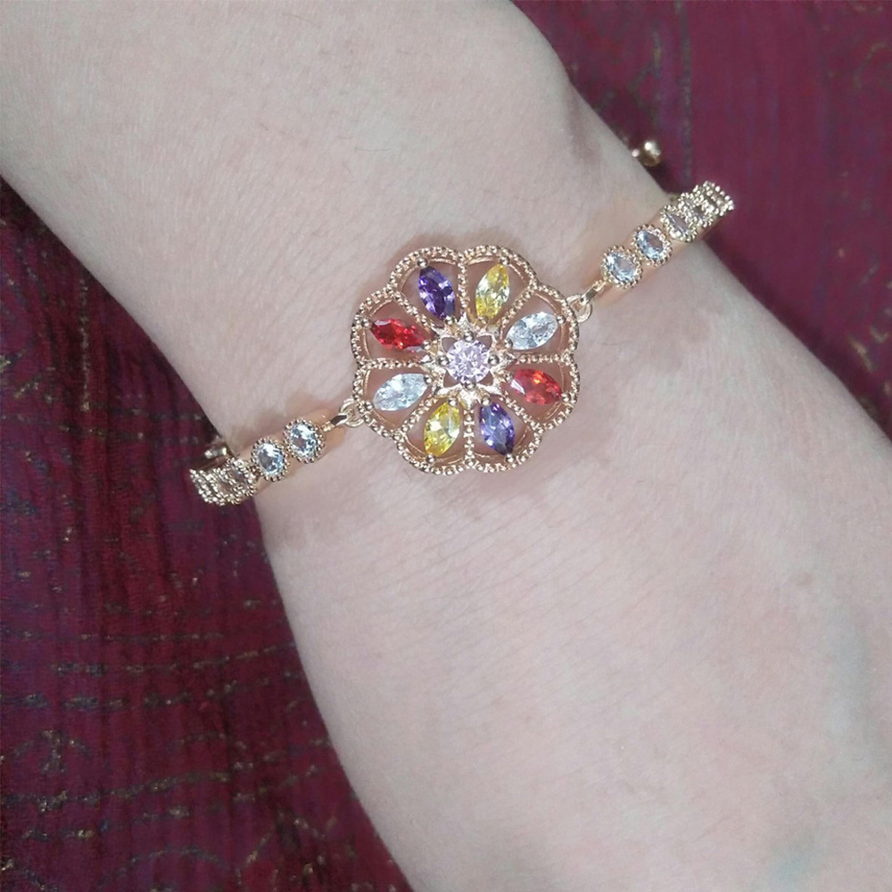 Adjustable Floral Bracelet Gold