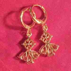 Floral Drop Earring Gold - White