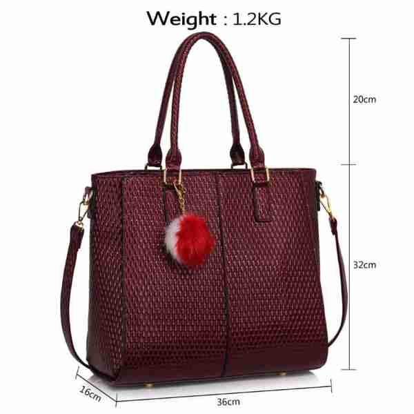 LS00512 – Burgundy Tote Grab Handbag With Faux Fur Charm_4_