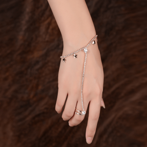Hand Harness Bracelet With Stars Glowing - Gold